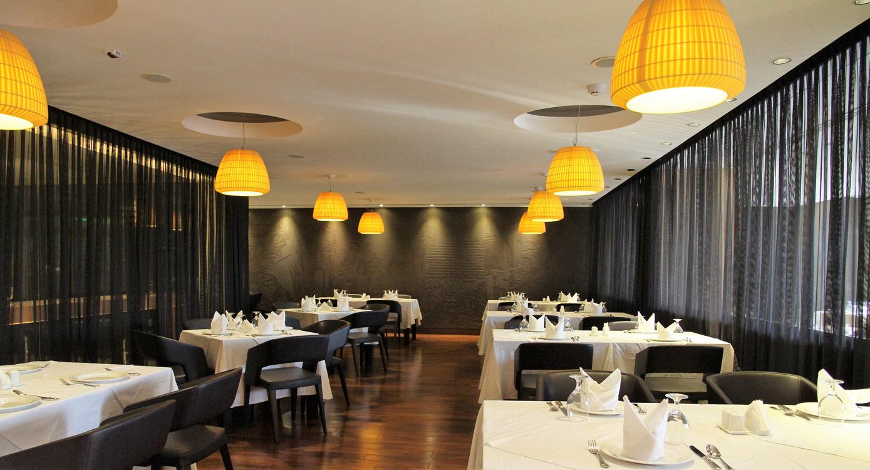 16-Main-Dining-2.jpg